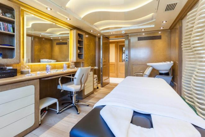 O-Mega-yacht-for-charter (16)