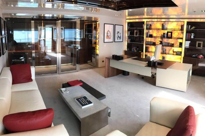 Serenity-yacht-for-charter (17)