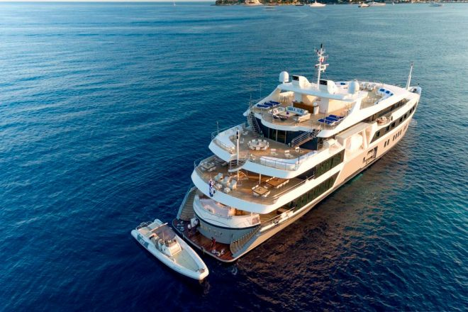 Serenity-yacht-for-charter (9)